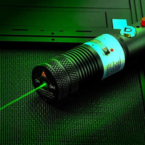 532nm绿色激光手电筒